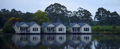 Image of Lakeside Villas